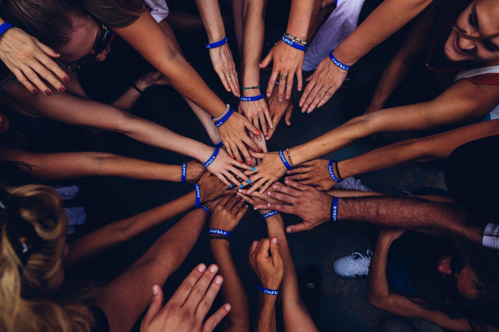 7 - Charities social